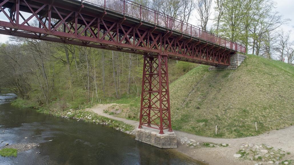 Den genfundne bro 5
