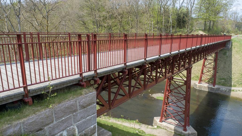 Den genfundne bro 6